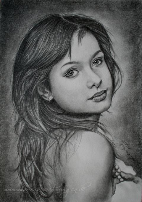 Фото красивых девушек как нарисовать